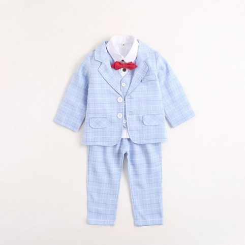 Costume bébé bleu ciel