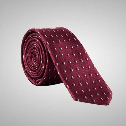 Cravate Bordeaux à motifs