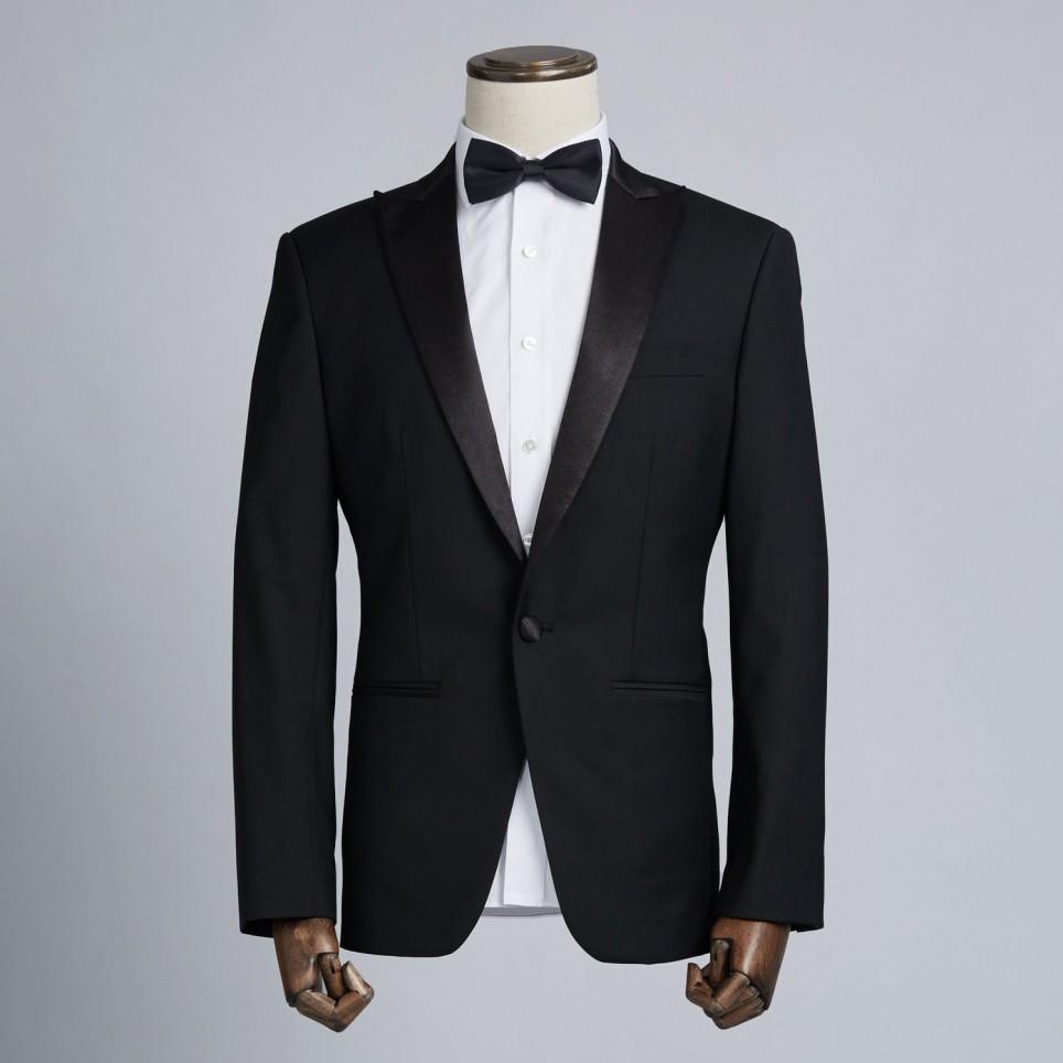 Tuxedo Peak Noir
