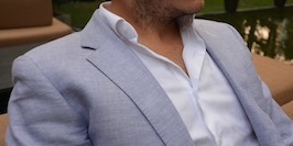 How to wear a linen jacket